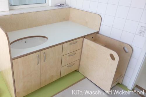 KiTa-Wasch-und-Wickelmöbel