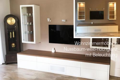 Wohnzimmermöbel-in-Nussbaum-weiss-Hochglanz-mit-Beleuchtung